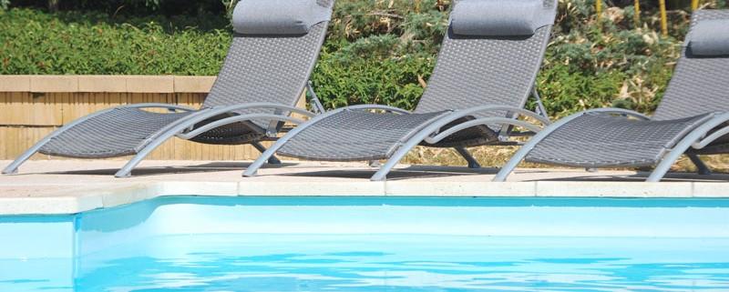 La piscine des gites en Dordogne